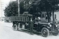 Oct-Nov 2020 -1927-Studebaker-City-Service-Truck